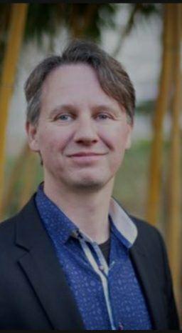 دکتر یان ویلم ون پرویژن